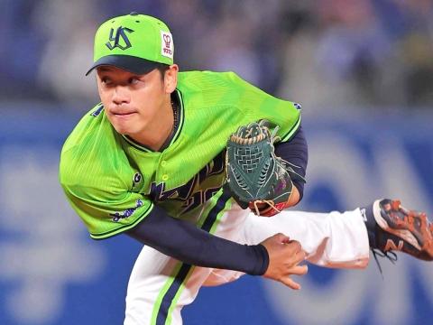 小川投手が6回2失点で今シーズン10勝目をマーク