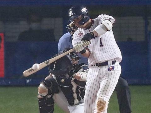 山田選手が24号2ラン含む、2安打3打点の活躍。