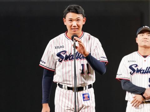 プロ初登板の奥川投手もサプライズでご挨拶