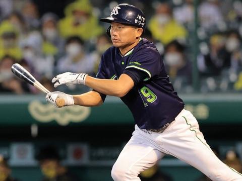 石川投手が今シーズン初登板。20年連続安打を達成