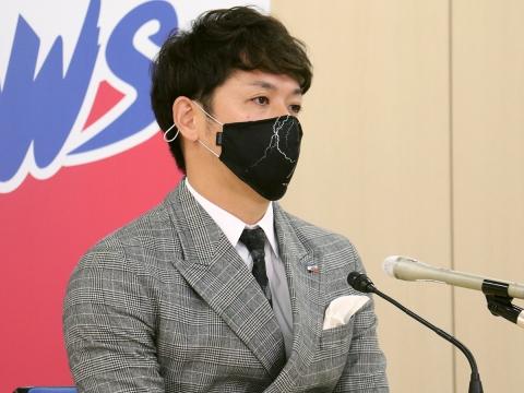 小川投手が契約更改