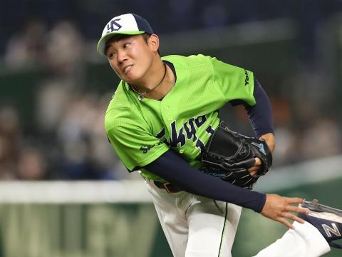 先発・奥川投手が4勝目を挙げる!