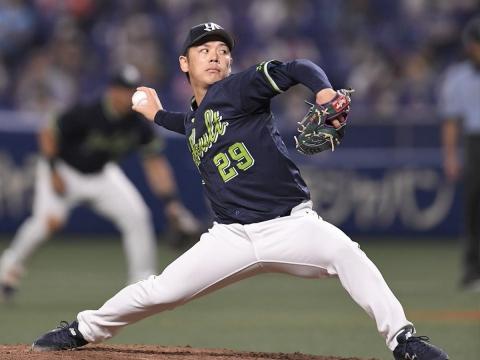 先発・小川投手が1失点完投で7勝目を挙げる!